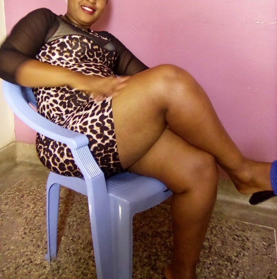 Big ass Shadia - Hot Kisii Lady in Nairobi CBD offering Sex and erotic massage.